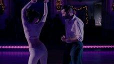 Танец очаровательной Дженнифер Лоуренс