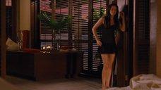 2. Кристен Стюарт в ночнушке – Сумерки. Сага. Рассвет: Часть 1