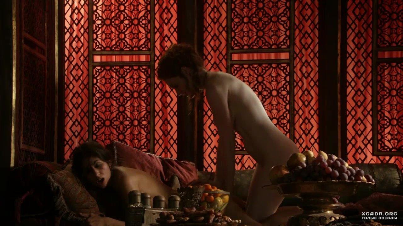 Эсме Бьянко И Сахара Найт Ублажают Друг Друга – Игра Престолов (2011)