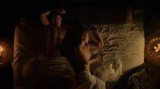 Шарлотта Солт в постели