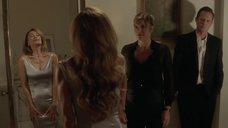 3. Лена Олин примеряет платье – Дьявол, которого ты знаешь
