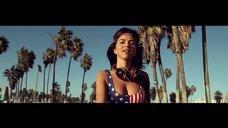 Инна в купальнике в клипе «Be my lover»