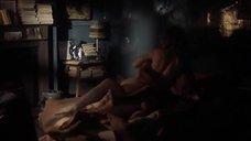 Интимная сцена с Гвинет Пэлтроу