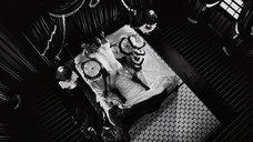 10. Быстрый секс с Джуно Темпл – Город грехов 2: Женщина, ради которой стоит убивать