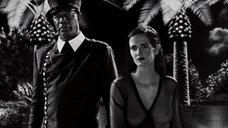 4. Ева Грин в прозрачном халате – Город грехов 2: Женщина, ради которой стоит убивать
