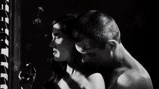 5. Полностью голая Ева Грин – Город грехов 2: Женщина, ради которой стоит убивать