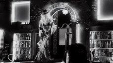 7. Ковбойский стриптиз Джессики Альбы – Город грехов 2: Женщина, ради которой стоит убивать