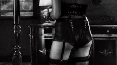 1. Дерзкая и сексапильная Розарио Доусон – Город грехов 2: Женщина, ради которой стоит убивать