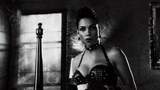 3. Дерзкая и сексапильная Розарио Доусон – Город грехов 2: Женщина, ради которой стоит убивать