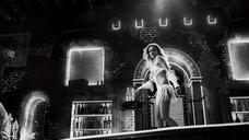 8. Потрясный стриптиз Джессики Альбы – Город грехов 2: Женщина, ради которой стоит убивать