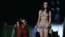 2. Антония Сантилли в прозрачном белье – Босс (Италия)
