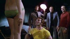 7. Антония Сантилли в прозрачном белье – Босс (Италия)
