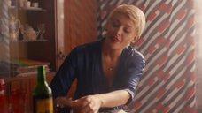 1. Секс с Екатериной Волковой на столе – Фарца