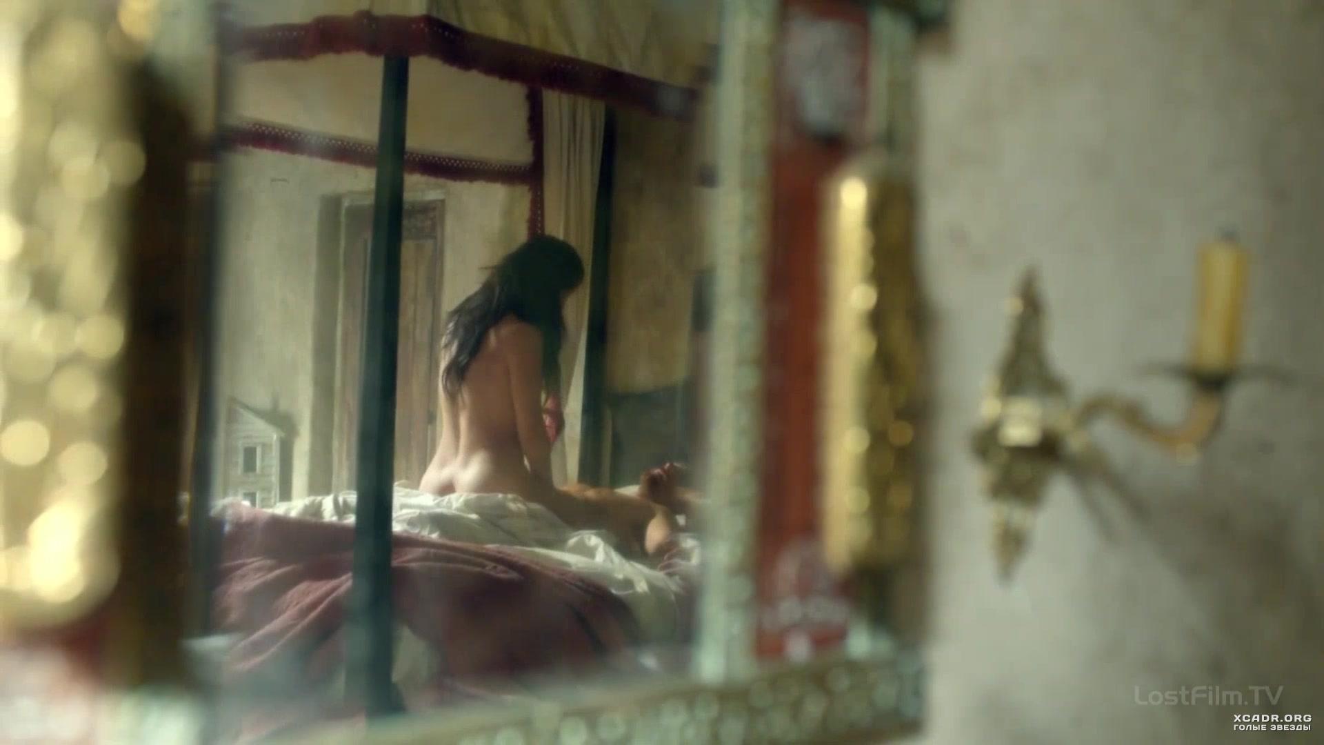 eroticheskie-stseni-chernie-parusa