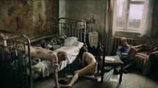 5. Голая Агния Кузнецова прикована к кровати – Груз 200