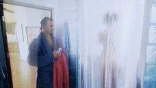 1. Екатерину Климову фотографируют в душе – Побег