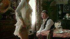 4. Екатерина Климова в корсете – Волчье солнце