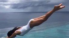 5. Екатерина Климова прыгает в воду