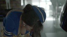 Мария Шумакова в костюме стюардессы