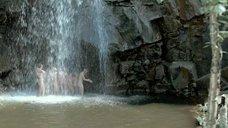 8. Асмус, Кузнецова, Лебедева, Малахова и Микульчина под водопадом – А зори здесь тихие... (Россия)