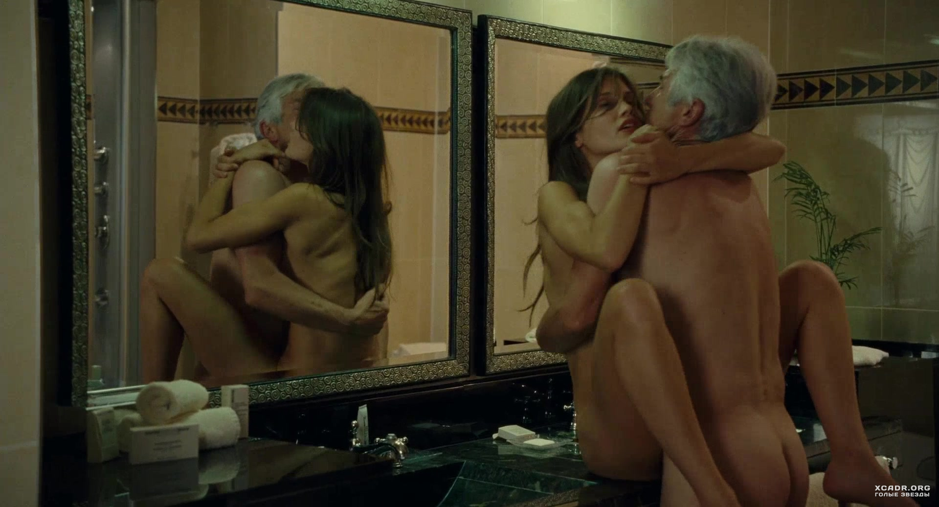 знаменитости в сексуальных сценах смотреть онлайн