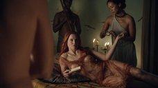 2. Секс с Люси Лоулесс – Спартак: Кровь и песок