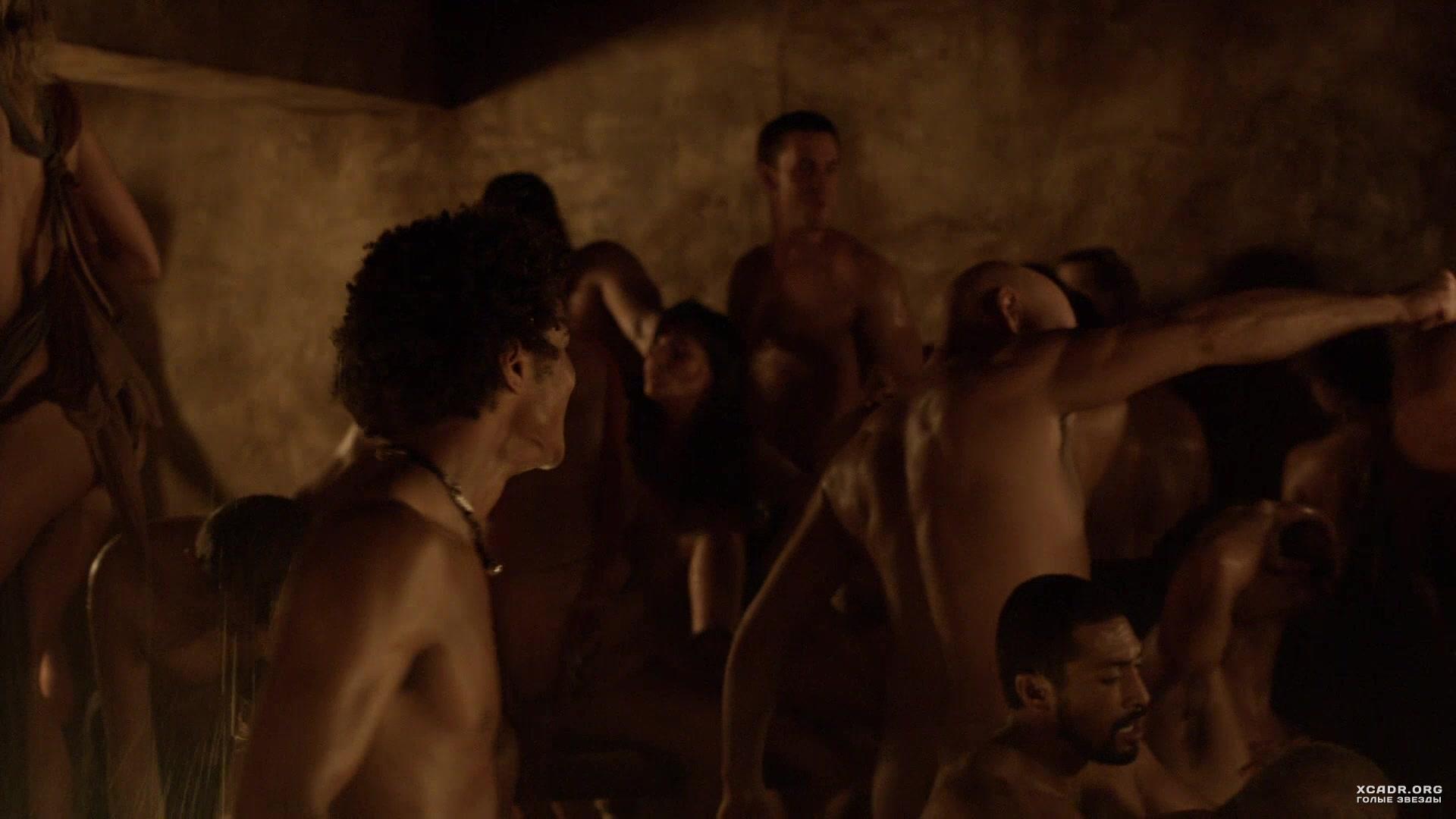 Кадри песок спартак и кровь секс как снимали