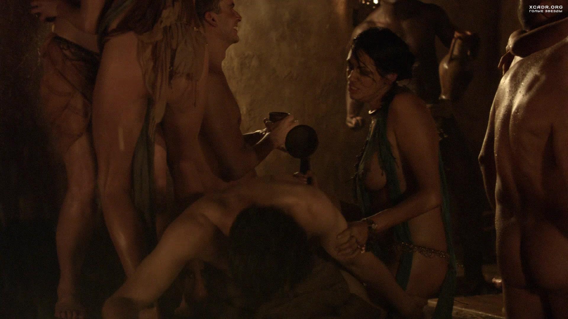 erotika-film-gladiatori-smotret-porno-roliki-sluchaynih-otsosov-u-parney