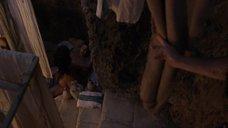 6. Лесли-Энн Брандт в позе «наездницы» – Спартак: Кровь и песок