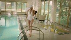 3. Агния Кузнецова в белом купальнике – Соблазн (2014)