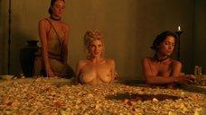 Сексуальные воспоминания Вивы Бьянки в ванной