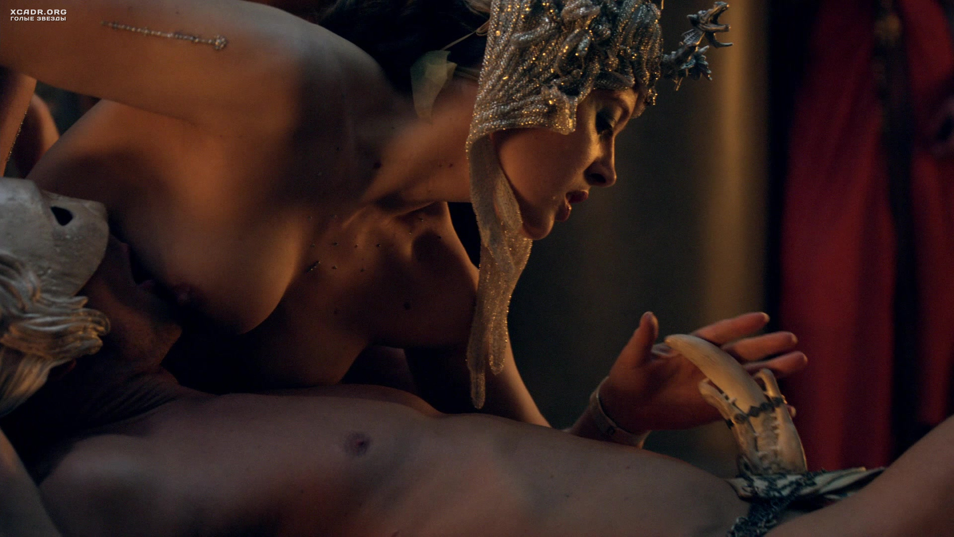 Angela Bassett In The Nude