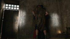 2. Изнасилование Люси Лоулесс – Спартак: Месть