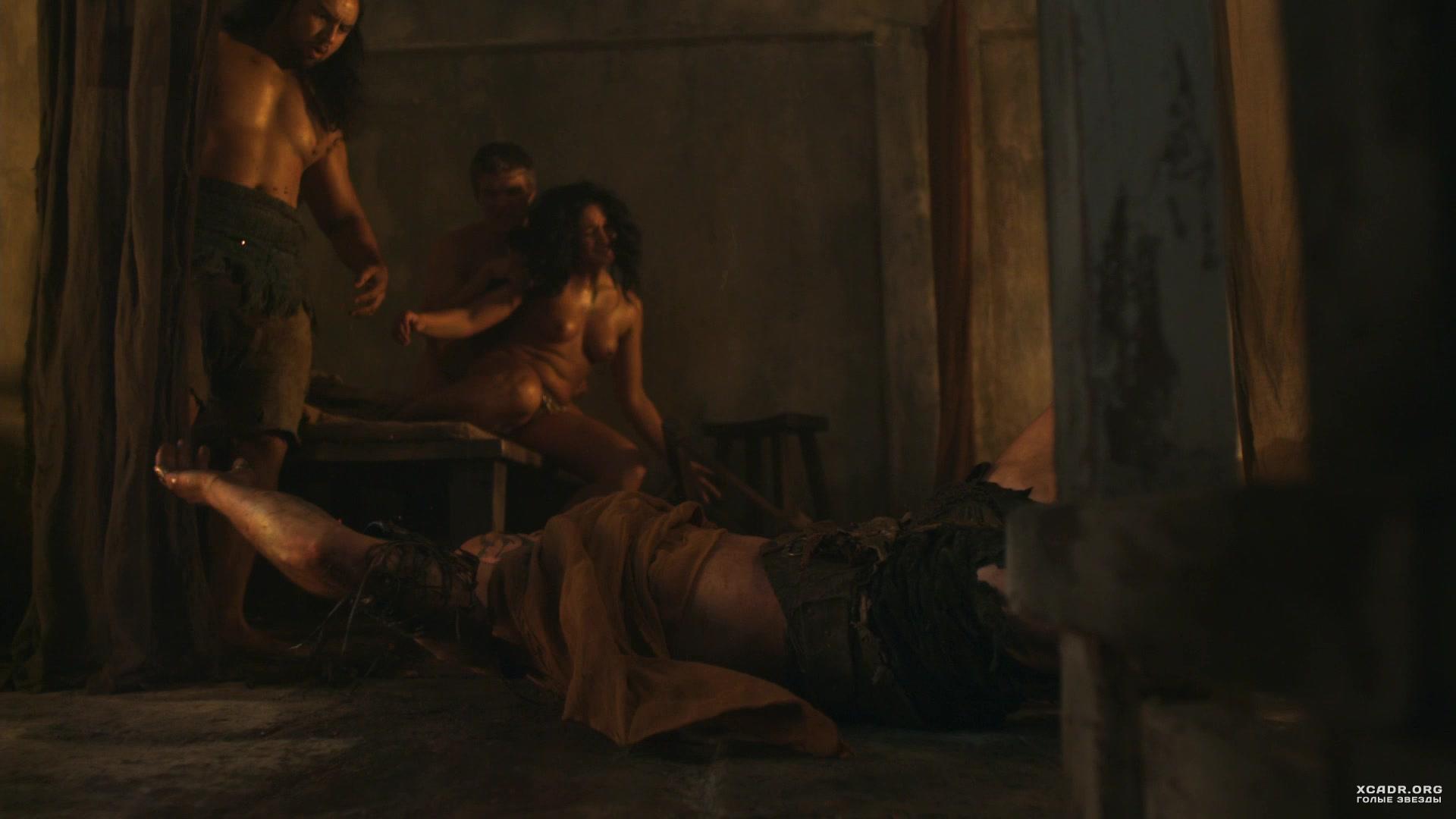 Драка Между Голых Девушек – Спартак: Месть (2012)