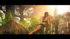 2. Попка Ники Минаж в клипе «Anaconda»