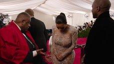 6. Ким Кардашьян в прозрачном платье