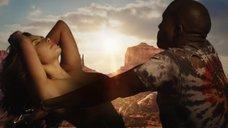 7. Соблазнительная Ким Кардашьян в клипе «Bound 2»