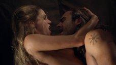 9. Страстный секс с Эллен Холлман – Спартак: Война проклятых