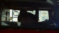 Секс с Лаурой Уиггинс в машине