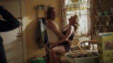 Секс с Хлоей Уэбб на кухне