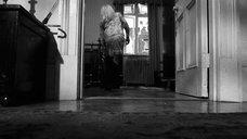 1. Катрин Денёв в ночнушке – Отвращение
