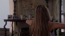 4. Дженнифер Энистон засветила грудь – Ходят слухи