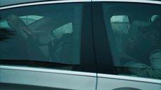 Секс со Стефани Фантоцци в машине