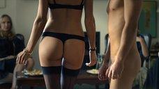 Женщины наблюдают за сексом с Вивой Бьянкой