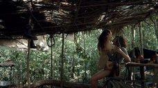 Секс с Аной де ла Регера в лесу