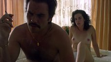 4. Голая грудь Лауры Перико – Нарко