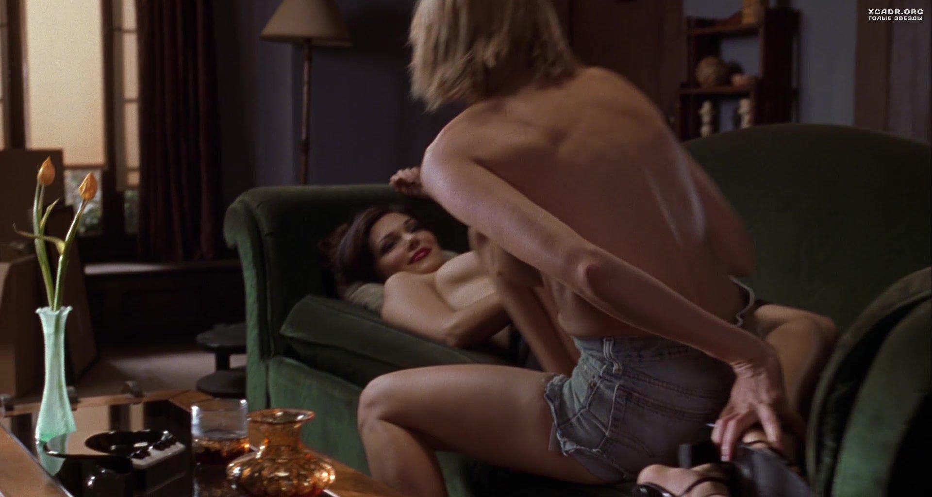 Лучшие лесби поцелуи в фильмах 36 видео  XCADRCOM