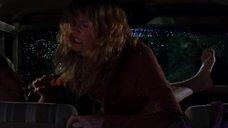 Секс с Лорой Дерн в машине