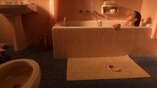 6. Мария Вальверде мастурбирует в ванной – Мелисса: Интимный дневник