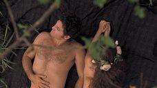 16. Секс с Марией Вальверде на природе – Освободитель